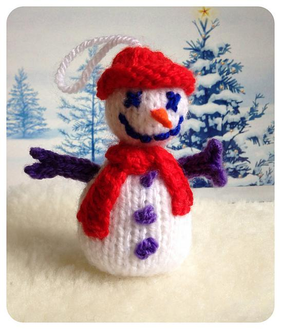 knitted_snowman