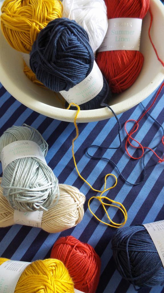 New yarns for your stash   Sirdar Summer Linen